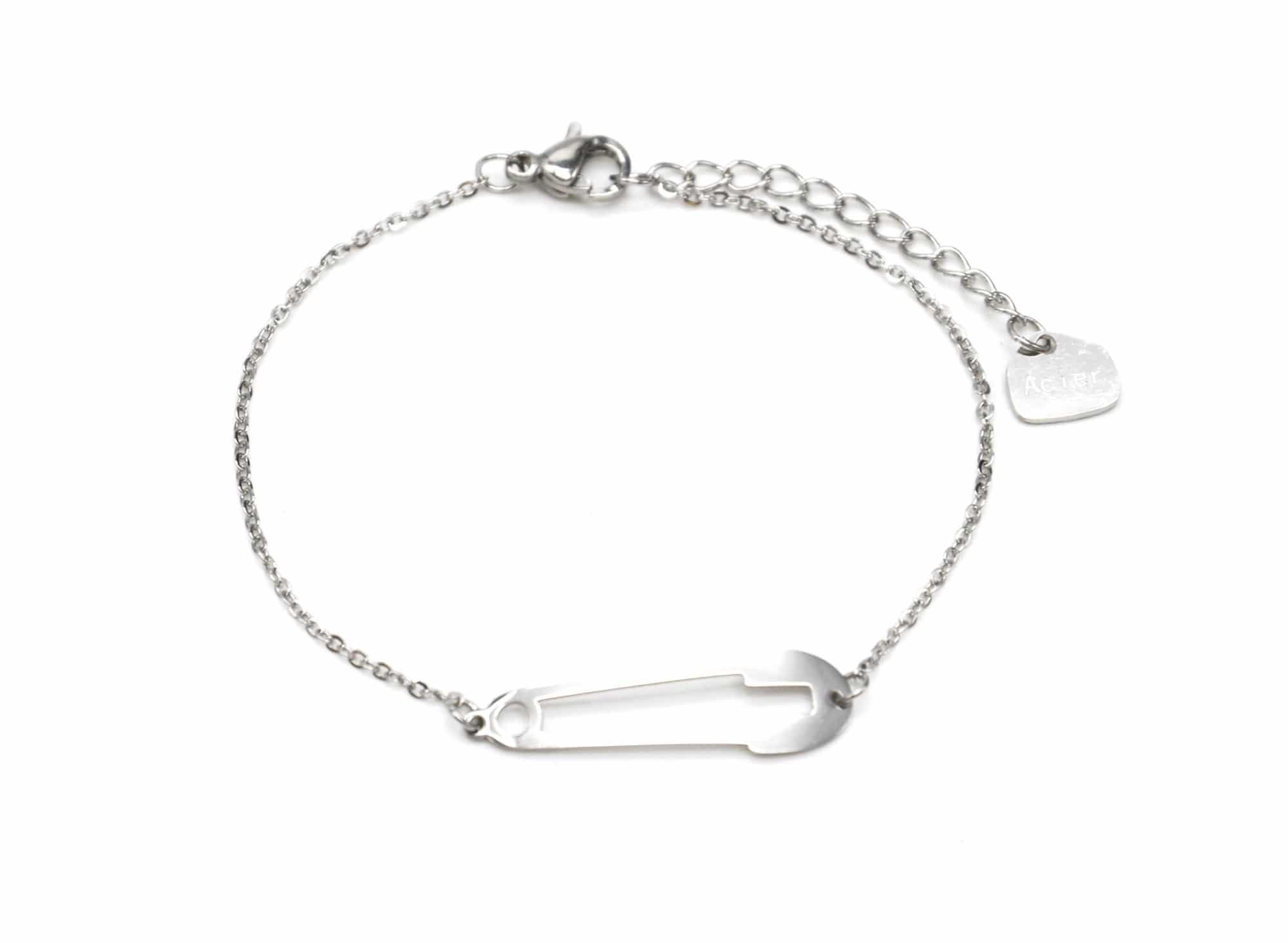 bc2631f bracelet fine cha ne avec charm epingle nourrice acier argent oh my shop. Black Bedroom Furniture Sets. Home Design Ideas