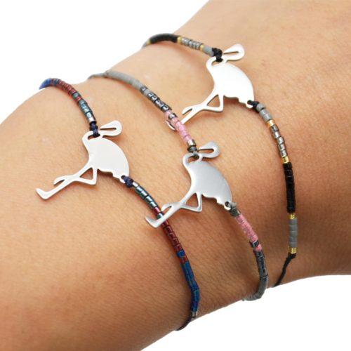 Bracelet-Cordon-Ajustable-avec-Perles-Rocaille-et-Charm-Flamant-Rose-Acier-Argente