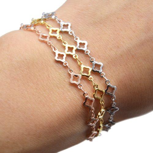 Bracelet-avec-Multi-Trefles-Metal-Dore-a-lOr-Fin