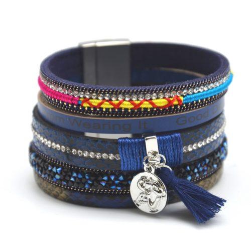 Bracelet-Manchette-Multi-Rangs-Ecailles-Strass-Clous-Brillants-avec-Charm-Ange-et-Pompon-Bleu-Marine