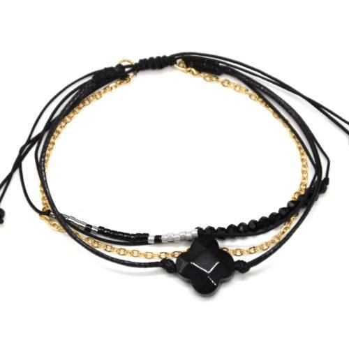 Bracelet-Cordon-Multi-Rangs-Perles-et-Fils-Noir-avec-Charm-Pierre-Trefle
