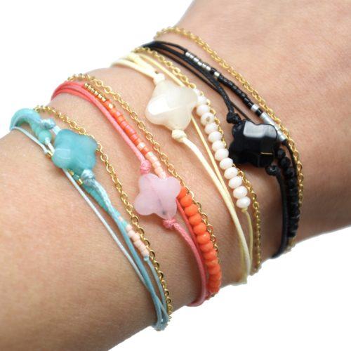 Bracelet-Cordon-Multi-Rangs-Perles-et-Fils-avec-Charm-Pierre-Trefle