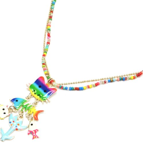 Sautoir-Collier-Mini-Perles-Rocaille-Multicolore-avec-Pendentif-Chat-et-Poissons-Email