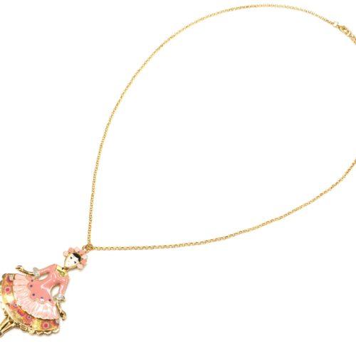 Sautoir-Collier-Pendentif-Poupee-Robe-Marquise-Email-Rose-et-Metal-Dore