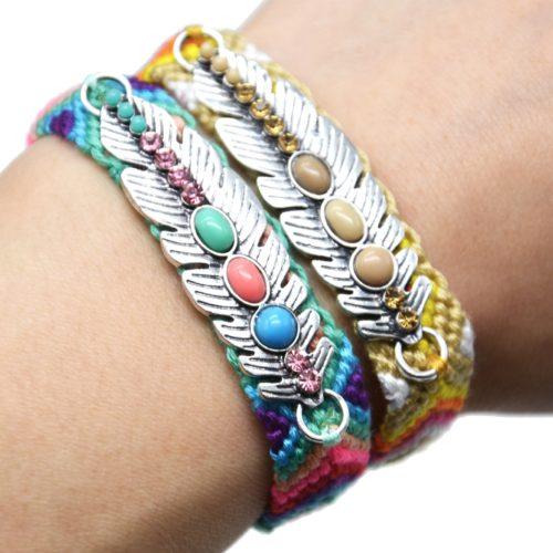 Bracelet-Manchette-Bresilien-Fils-Tresses-avec-Plume-Metal-Argente-et-Perles