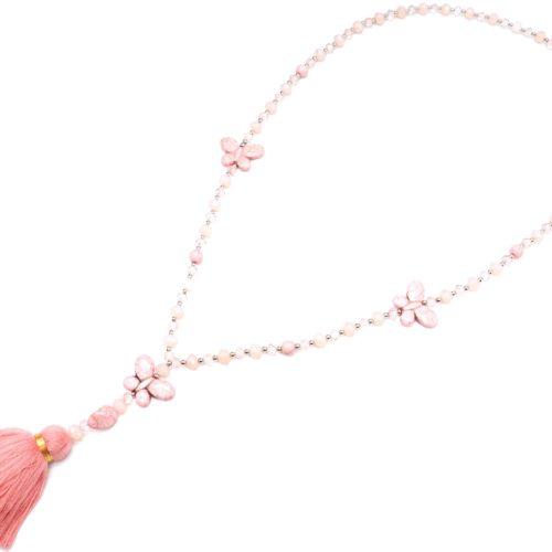 Sautoir-Collier-Perles-Assorties-avec-Triple-Papillons-Pierres-Effet-Marbre-et-Pompon-Fils-Rose