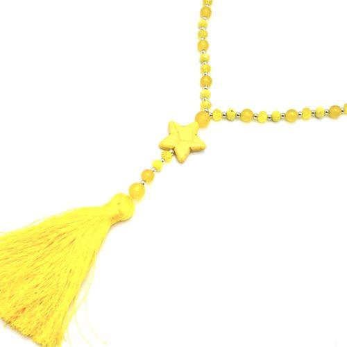 Sautoir-Collier-Perles-Brillantes-avec-Etoile-Pierre-Effet-Marbre-et-Pompon-Fils-Jaune