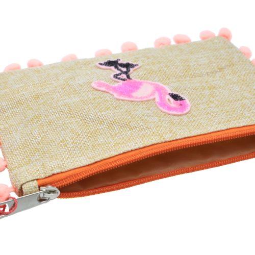 Pochette-Tissu-Beige-avec-Motif-Flamant-Rose-Sequins-et-Contour-Pompons-Peche