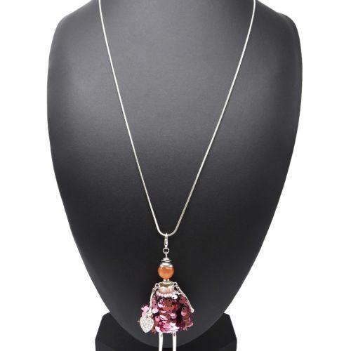 Sautoir-Collier-Pendentif-Poupee-Articulee-Robe-Tissu-Perles-et-Sequins-Rose-avec-Coeur