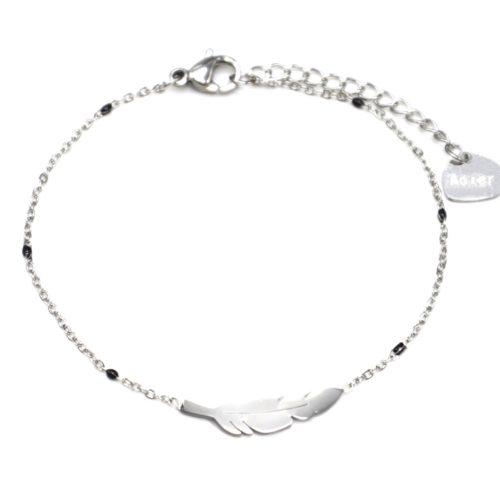 Bracelet-Fine-Chaine-Mini-Perles-Email-Noir-avec-Plume-Acier-Argente