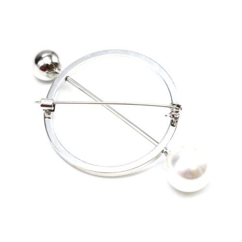 Broche-Epingle-Cercle-Contour-Metal-Argente-avec-Perle-Blanche-et-Boule