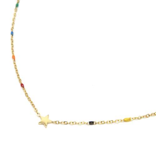Collier-Fine-Chaine-Mini-Perles-Email-Multicolore-et-Etoile-Acier-Dore