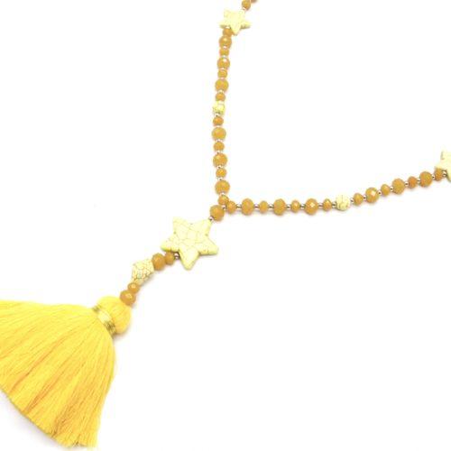 Sautoir-Collier-Perles-Brillantes-avec-Triple-Etoiles-Pierres-Effet-Marbre-et-Pompon-Fils-Jaune-Orange