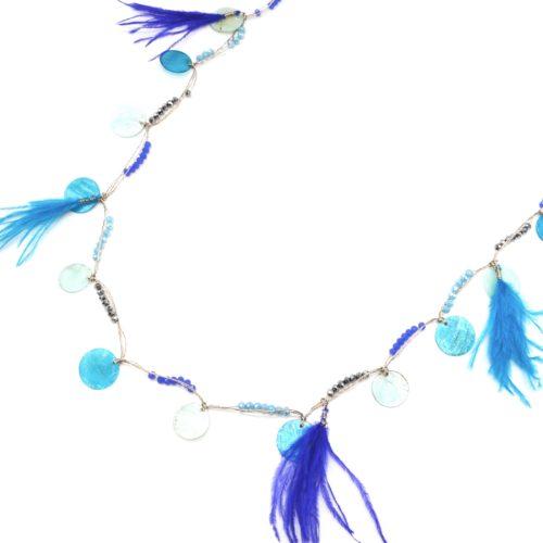 Sautoir-Collier-avec-Charms-Cercles-Nacre-Mini-Perles-et-Plumes-Bleu