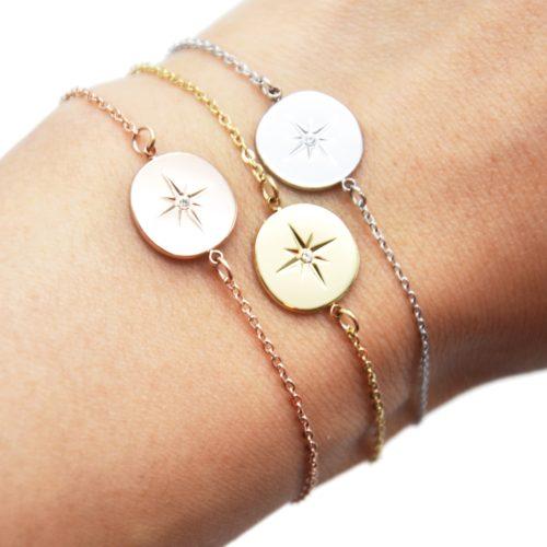 Bracelet-Fine-Chaine-avec-Charm-Cercle-Etoile-Polaire-Acier