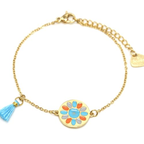 Bracelet-Fine-Chaine-Acier-Dore-avec-Cercle-Fleur-Email-et-Pompon-Bleu