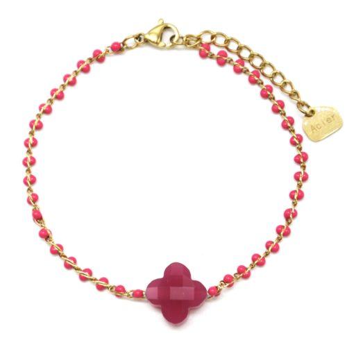 Bracelet-Fine-Chaine-Acier-Dore-Perles-Email-Rose-avec-Pierre-Trefle