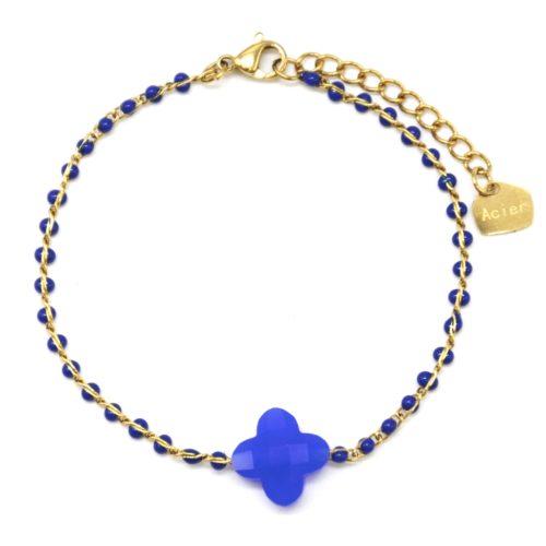 Bracelet-Fine-Chaine-Acier-Dore-Perles-Email-Bleu-avec-Pierre-Trefle