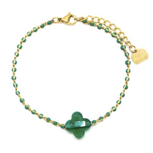 Bracelet-Fine-Chaine-Acier-Dore-Perles-Email-Vert-avec-Pierre-Trefle