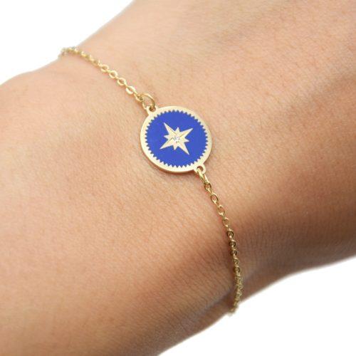Bracelet-Fine-Chaine-Acier-Dore-avec-Cercle-Email-Bleu-Marine-Motif-Etoile-Polaire