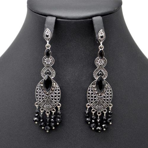 Boucles-dOreilles-Ovale-Pointu-Metal-Vieilli-Argente-avec-Pierres-et-Perles-Noires