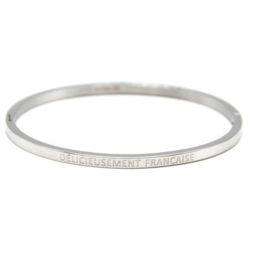 Bracelet-Jonc-Fin-Acier-Argente-avec-Message-Delicieusement-Francaise