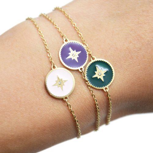 Bracelet-Fine-Chaine-Acier-Dore-avec-Cercle-Email-Motif-Etoile-Polaire
