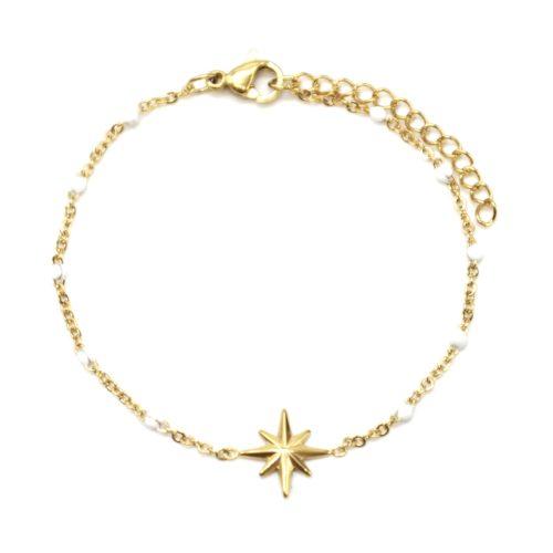 Bracelet-Fine-Chaine-Acier-Dore-et-Mini-Perles-Email-Blanc-avec-Etoile-Polaire