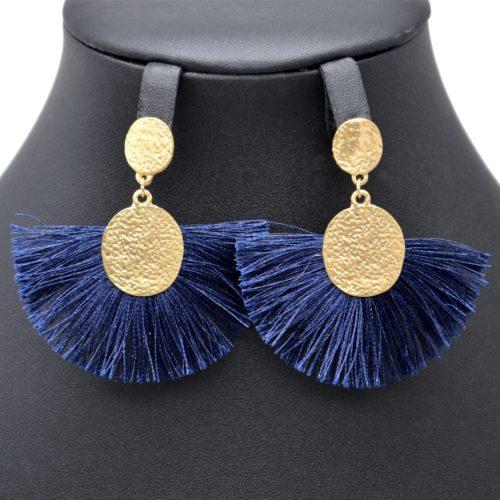Boucles-dOreilles-Pendantes-Ovales-Relief-Metal-Dore-avec-Pompon-Fils-Bleu-Nuit