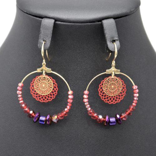 Boucles-dOreilles-Pendantes-Cercle-Metal-Dore-avec-Perles-Rouge-Violet-et-Rosace