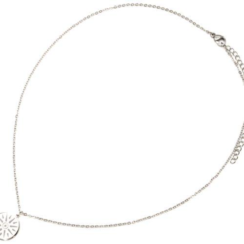 Collier-Fine-Chaine-avec-Pendentif-Medaille-Gravee-Soleil-Acier-Argente