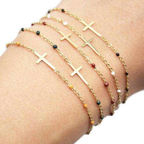 Bracelet-Fine-Chaine-Mini-Perles-Email-avec-Croix-Acier-Dore