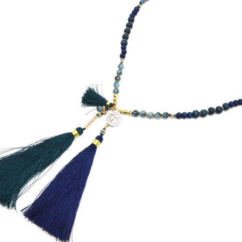 Sautoir-Collier-Perles-Bois-et-Verre-avec-Piece-Metal-et-Pompons-Bleu-Marine-Canard