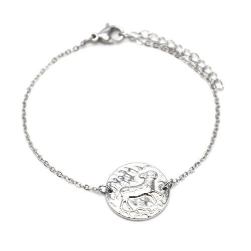 Bracelet-Fine-Chaine-Acier-Argente-avec-Charm-Medaille-Belier-Signe-Zodiaque