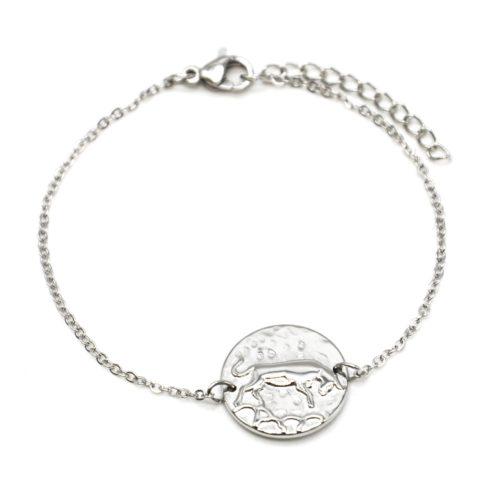 Bracelet-Fine-Chaine-Acier-Argente-avec-Charm-Medaille-Taureau-Signe-Zodiaque