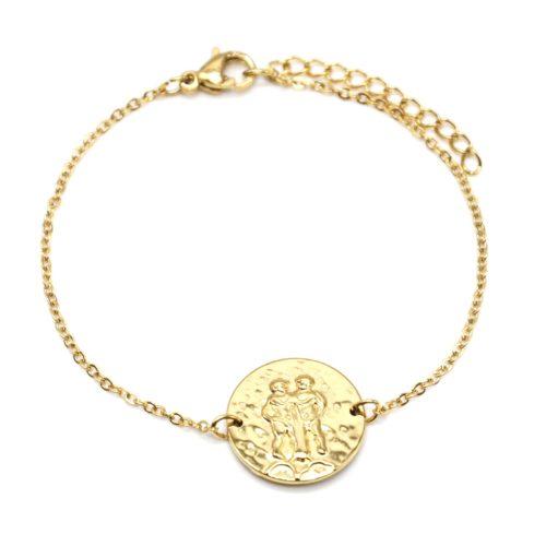 Bracelet-Fine-Chaine-Acier-Dore-avec-Charm-Medaille-Gemeaux-Signe-Zodiaque