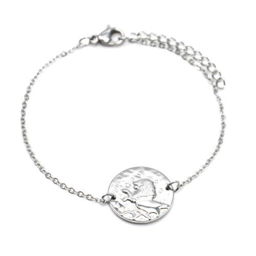 Bracelet-Fine-Chaine-Acier-Argente-avec-Charm-Medaille-Lion-Signe-Zodiaque