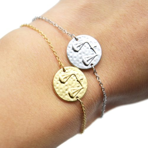 Bracelet-Fine-Chaine-Acier-avec-Charm-Medaille-Balance-Signe-Zodiaque