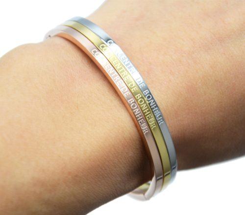 Bracelet-Jonc-Fin-Acier-avec-Message-Concentre-De-Bonheur