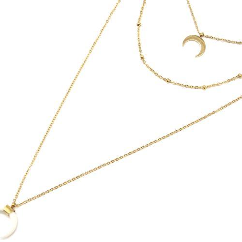 Collier-Triple-Chaine-avec-Lune-Boules-Acier-Dore-et-Corne-Resine-Blanche