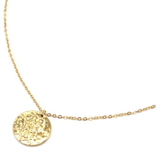 Collier-Fine-Chaine-Acier-Dore-avec-Pendentif-Medaille-Gemeaux-Signe-Zodiaque