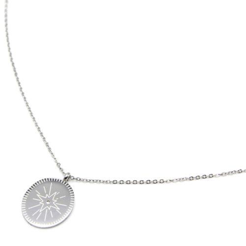 Sautoir-Collier-Fine-Chaine-avec-Pendentif-Medaille-Gravee-Etoile-Polaire-Acier-Argente