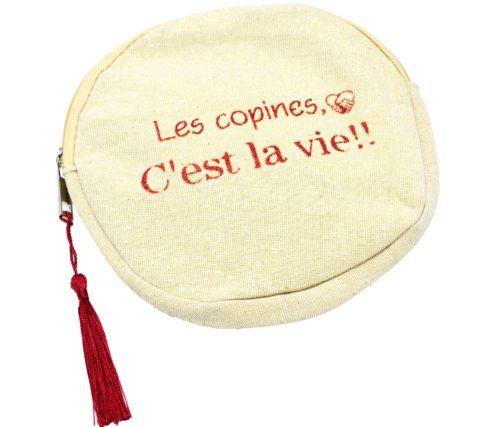 Trousse-Pochette-Ronde-Tissu-Beige-Message-Les-Copines-Cest-La-Vie-et-Pompon-Bordeaux
