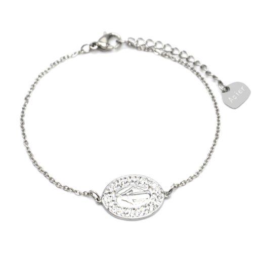 Bracelet-Fine-Chaine-Acier-Argente-avec-Charm-Vierge-Marie-Contour-Strass-Blanc