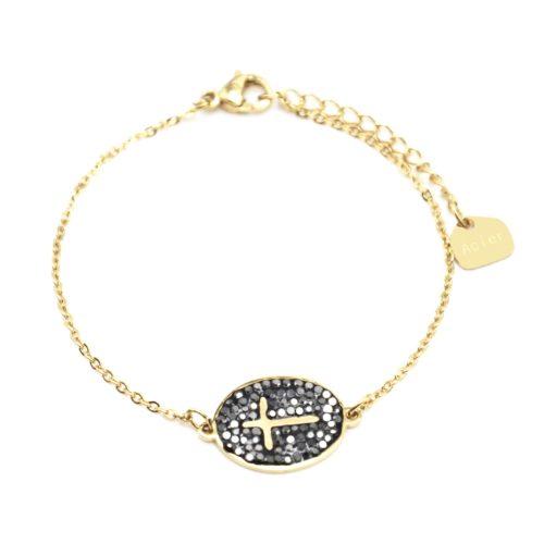 Bracelet-Fine-Chaine-Acier-Dore-avec-Croix-Contour-Ovale-Strass-Gris