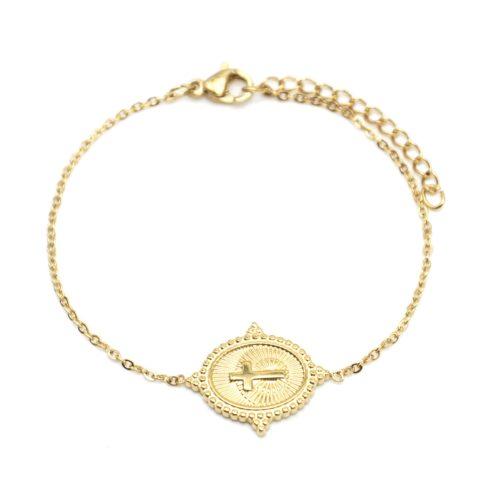 Bracelet-Fine-Chaine-avec-Medaille-Rayures-Croix-Contour-Points-Acier-Dore