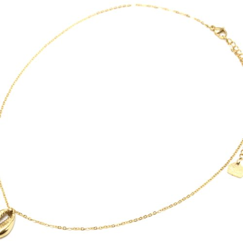 Collier-Fine-Chaine-avec-Pendentif-Coquillage-Acier-Dore