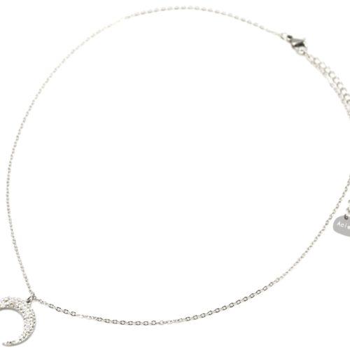 Collier-Fine-Chaine-Acier-Argente-avec-Pendentif-Corne-Lune-Strass-Blanc