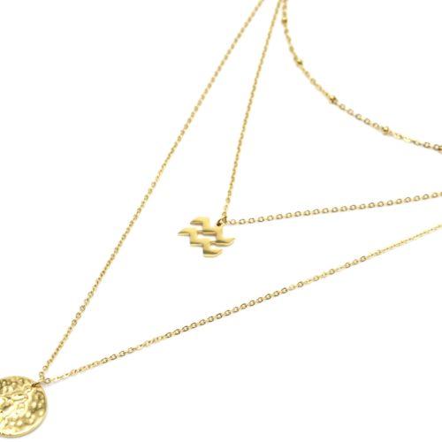 Collier-Triple-Chaine-Signe-Astro-et-Medaille-Martelee-Verseau-Acier-Dore
