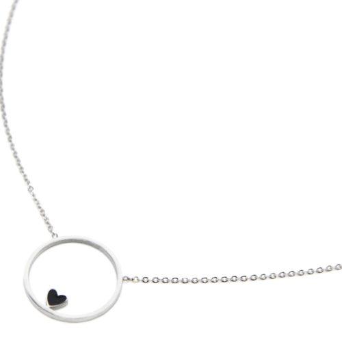 Collier-Fine-Chaine-avec-Pendentif-Cercle-Contour-Acier-Argente-et-Coeur-Noir